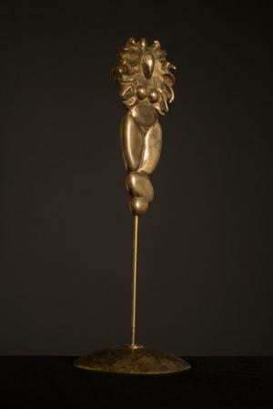 «Cirque» Femme Lion Bronze, laiton